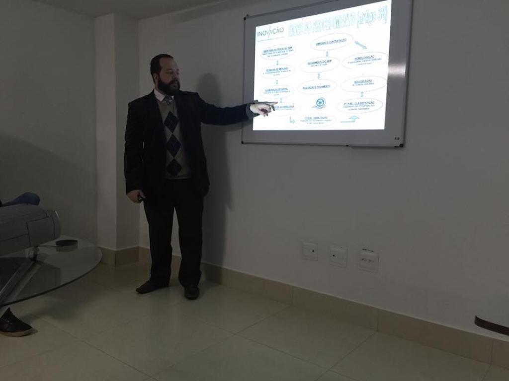 Treinamento de Licitações e Pregão Eletrônico para as empresas Indrel, Central Limp e novos contratados Inovação.