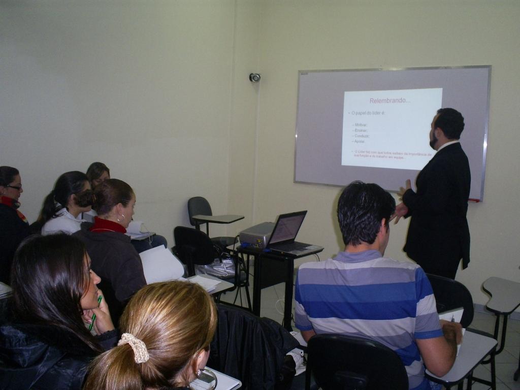 Treinamento Liderança - Grupo Queen Shoes e Arezzo - Junho 2008